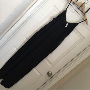 🛍 Black Maxi with Pockets
